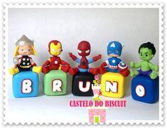 http://www.elo7.com.br/cubinho-com-personagem/dp/3FA9EA