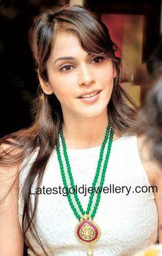 emeralds long chain