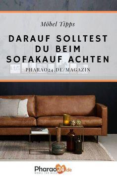 Pharao24.de hat dir die wichtigsten Tipps und Fakten rund um das Thema Sofa zusammen gestellt, über die du vor dem Kauf nachdenken solltest. #sofa #interior #möbelkauf #kauftipps #wohntrends #wohnideen #home #couch #einrichten #wohnen #pharao24 #magazin Sofa, Couch, Interior, Furniture, Home Decor, Round Round, Tips, Settee, Settee