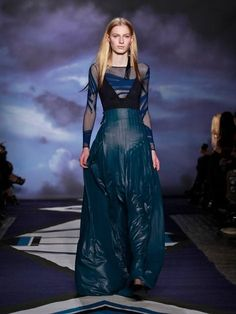 Jen Kao Fall 2012 - a fashion risk