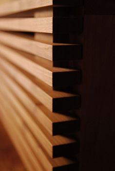 045   飯沼克起家具製作所   岐阜県岐阜市のオーダー家具工房 Blinds, Curtains, Texture, Wood, Home Decor, Surface Finish, Woodwind Instrument, Jalousies, Timber Wood