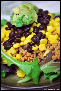 clean eating taco salad     Ingredients:   1 1/2 pounds learn ground turkey meat   2 teaspoons garlic powder   2 teaspoons chili powder   2 teaspoons paprika   Salt and pepper to taste   Avocado – sliced or mashed (Try my clean eating guacamole)   Corn – no sugar added   Lettuce   Black beans – no sugar added   Salsa   Tomatoes   Onions   Olives   Low fat shredded cheese   Fresh cilantro