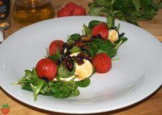 Ensalada de brotes, sandía y frutos secos