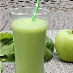 Apple Spinach Green Smoothie Recipe - Spinach Apple Smoothie