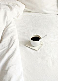 I love coffee in bed first thing in the morning :) . only happens on sundays. Coffee In Bed, I Love Coffee, Black Coffee, Coffee Break, Morning Coffee, Coffee Shop, Good Morning, Coffee Cups, Coffee Coffee