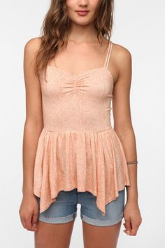 Urban Outfitters - Kimchi Blue Ruched Front Peplum Cami