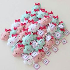 1 million+ Stunning Free Images to Use Anywhere Felt Crafts, Diy And Crafts, Arts And Crafts, Baby Shawer, Sweet 16 Birthday, Felt Animals, Baby Boy Shower, Diy Art, Baby Gifts