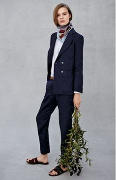 smart casual? loving the relaxed proffesional vibe