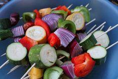 Cuisine maison, d'autrefois, comme grand-mère: Recette de brochettes de courgettes, poivron, toma...
