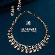 Breathtaking Bridal Diamond Necklace Designs Are Here! Real Diamond Necklace, Diamond Bracelets, Gold Bangles, Stone Necklace, Diamond Pendant, Gold Jewelry, Diamond Jewelry, Jewellery, Small Necklace