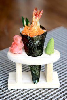 Ebi Tempura Temaki # Deep Fried Prawn, Cucumber, Crunchy