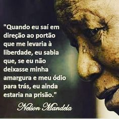 Espiritismo Brasil Chico Xavier Famous Quotes, Best Quotes, Peace Love And Understanding, Stupid Love, A Guy Like You, Spiritual Wisdom, Nelson Mandela, Positive Words, Strong Quotes