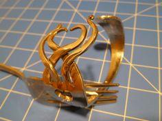 Turn a fork into a bracelet