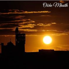 Good Night From Ireland  This silhouette of Dublin comes to us from @pongodublin