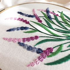 This easy to perform embroidery pattern is suitable for anyone who is new to embroidery! PDF pattern contains all needed instructions and you can learn more stitches during your embroidery process. This is a fun piece of modern embroidery hoop art. Contemporary Embroidery, Modern Embroidery, Embroidery Hoop Art, Crewel Embroidery, Ribbon Embroidery, Simple Embroidery, Beginner Embroidery, Brazilian Embroidery Stitches, Indian Embroidery