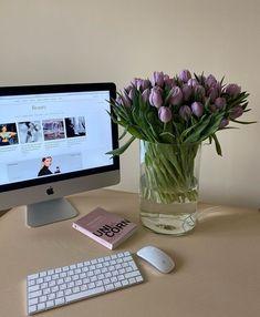 Lavender Aesthetic, Flower Aesthetic, Purple Aesthetic, Decoration Design, My Flower, Pretty Flowers, Aesthetic Pictures, Planting Flowers, Flower Arrangements