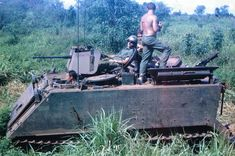 Somewhere in Vietnam /John Winter collection/. Us Armor, Armoured Personnel Carrier, Vietnam War Photos, Military Quotes, Jacked Up Trucks, Battle Tank, American War, Vietnam Veterans, Armored Vehicles