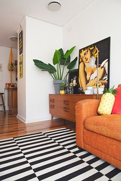 House Tour: An Electric Neon Melbourne Home | Apartment Therapy