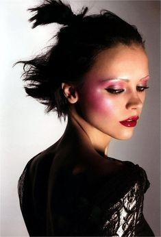 from pop magazine fall/winter 2004 model: christina ricci photographers: mert alas & marcus piggott i love christina ricci an. Beauty Skin, Beauty Makeup, Hair Makeup, Hair Beauty, Nude Makeup, Pink Makeup, Christina Ricci, Christina Aguilera, Seinfeld