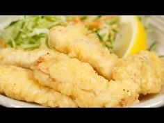 The fresh Toriten, chicken tempura is especially delicious since the outside is light and crispy, and the inside is so tender. This dish, along with Karaage are Tempura Chicken Recipe, Chicken Recipes, Duck Recipes, Asian Recipes, Ethnic Recipes, Oita, Good Food, Yummy Food, Yummy Lunch