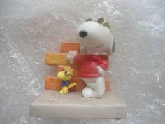 "Peanuts Figurine Snoopy ""Joe Cool and Friends"" Hallmark #QPC4011 NE 1E/9050"