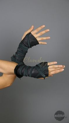 Fingerless Leather Gloves, Long / Mad Max Belly Dance Costume Cosplay Postapo Wonder Woman Burning M Mega Man Costume, Tin Man Costumes, Diy Halloween Costumes For Girls, Halloween Costume Contest, Cool Costumes, Mad Max, Cosplay, Sibling Costume, Tribal Costume