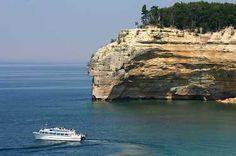 Michigan - cliffs on Lake Superior