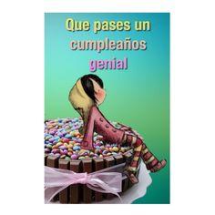 Que pases un cumpleaños genial, feliz cumpleaños, chica sentada sobre un pastel