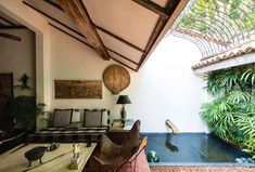 Geoffrey Bawa's Town House the Best of Sri Lankan Architecture