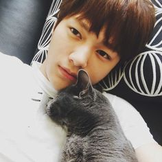 Myungsoo and his cat