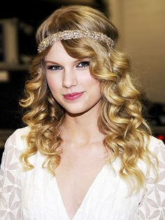 TSwift, always the fashionista. OBSESSED with the hippie headband. :)