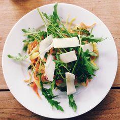 Gemüsenudeln mit Spargel - Low carb Rezept // Gemüsespaghetti von knobz #knobzkocht