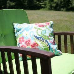 Indoor or outdoor decor need a little sprucing up? Try these 5 minute pillow covers!