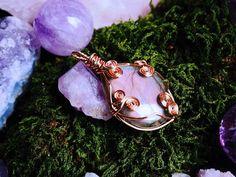 Hanger met draad omwikkeld labradoriet paars roze Crystal