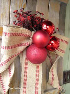 cottage instincts: Festifying the Front Porch.