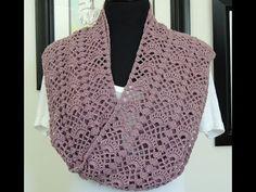 En este video aprenderemos a realizar una bufanda en crochet, el patrón es en abanico y el patrón se repite cada 5 vueltas.
