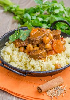 Tocana marocana cu miel si naut Couscous, Chana Masala, Quinoa, Lamb, Curry, Tasty, Ethnic Recipes, Blog, Honey