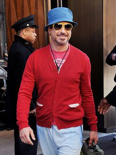 Please tell me RDj's fashion statement here is ironic...