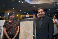 Junto a Marybel Iriondo durante la exposición realizada por la Escuela de Artes de la USAC en honor a Efraín Recinos en el Gran Teatro Nacional.