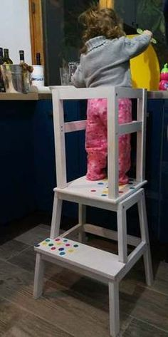 IKEA hack: an observation tower for children! Ikea Montessori, Ikea Hack Bathroom, Ikea Hack Kids, Bekvam, Deco Design, Kids Furniture, Decoration, Kids Room, Diy Projects
