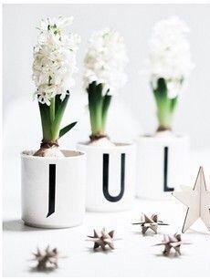 Arne Jacobsen design letters #jul | Christmas in Norwegian