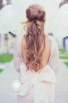 half up half down wedding hairstyle via Denise Lin Photography