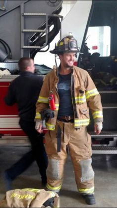 Luke Bryan - Volunteered At Franklin Fire Station #2 - Franklin, Tennessee - February 29, 2016