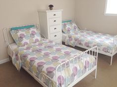Girls Shared Bedroom |   Ikea Malin Rund Bedding | Ikea Minnen Bed