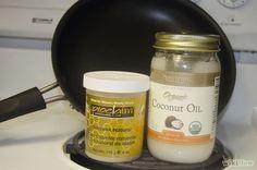 Cómo hacer una barra de loción de aceite de coco