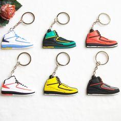Mini Silicone Jordan 2 Key Chain Bag Charm Woman Men Kids Key Ring Gifts Sneaker Key Holder Pendant Accessories Shoes Keychain