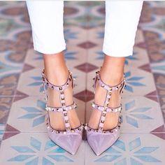 heels + floor