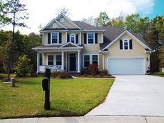 I Have A Light Yellow House Maybe Paint My Green Shutters Black W