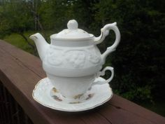 Vintage Crown Dorset Staffordshire, Stacking Tea Cup Tea Pot And Saucer
