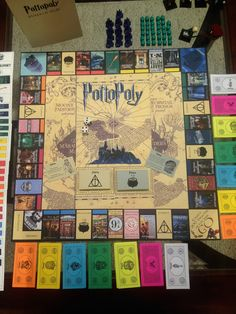 pottopoly-game-board-with-money